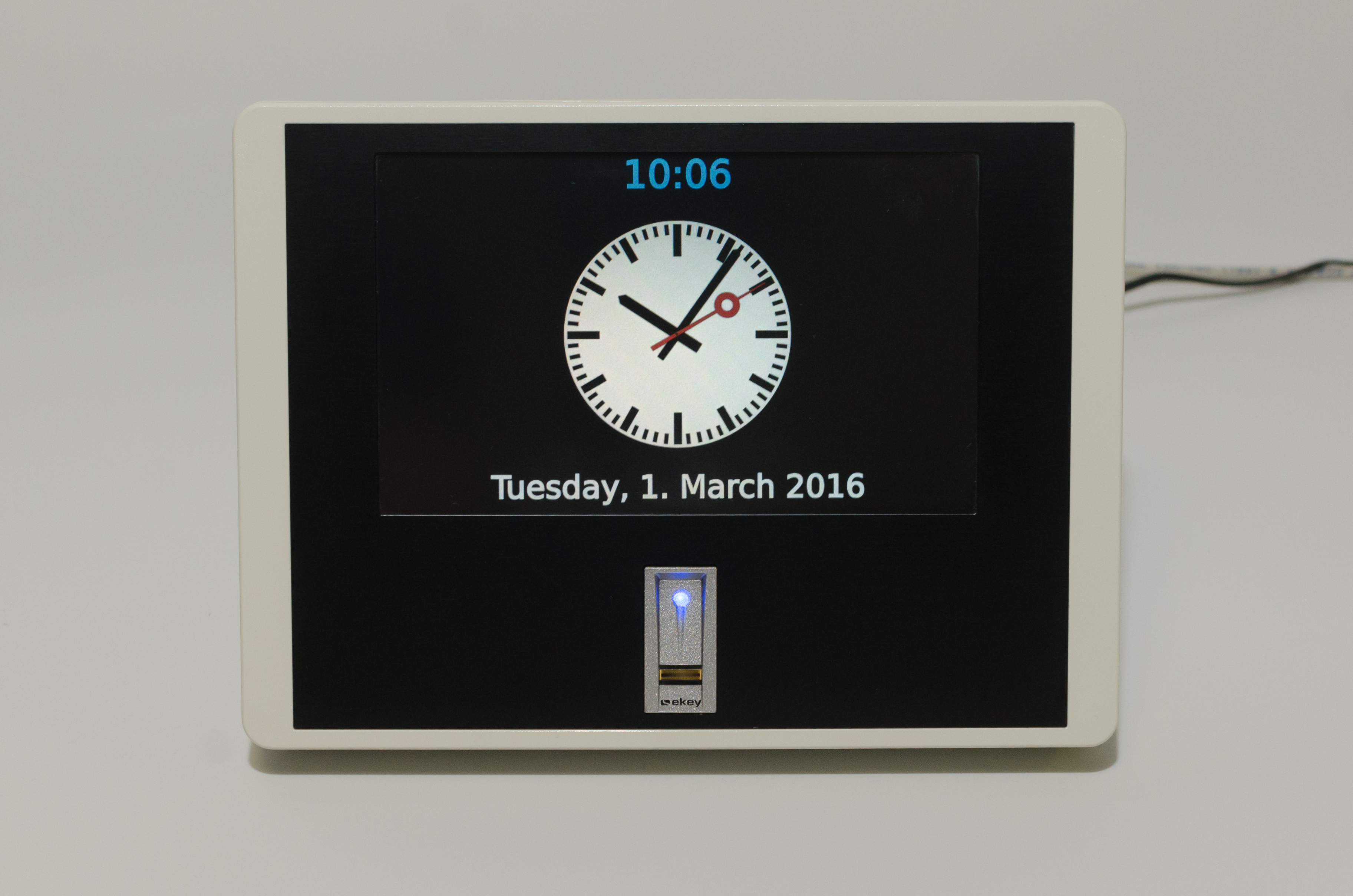 Big TIK2 time and attendance terminal with fingerprint reader